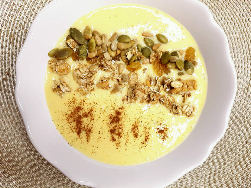 mango, banan, smoothie, smoothie bowl, breakfast, snack, nut butter, recipe, smoothie bowl