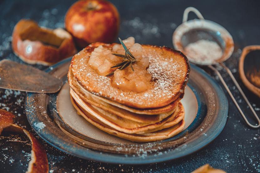 Oat flax pancakes with steamed cinnamon apples unlock food for Award winning pancake recipe
