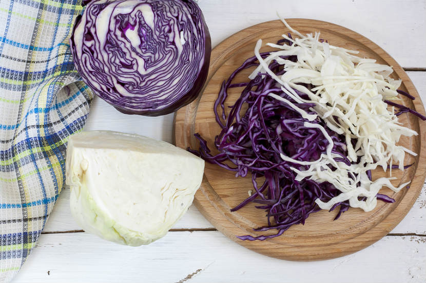 purple and white chopped cabbage